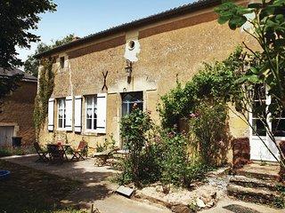 6 bedroom Villa in Irais, Nouvelle-Aquitaine, France : ref 5522216