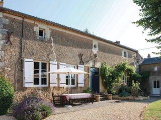 6 bedroom Villa in Borcq-sur-Airvault, Nouvelle-Aquitaine, France - 5522216