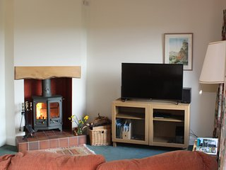 Mungos Well cottage has a wood burning stove in the living room and central heating throughout.