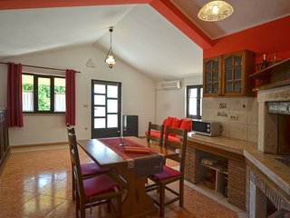 Apartman 2+2  Red Romantic - offer brakfast
