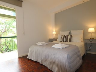 Apt with balcony in heart of Funchal - Old Town, with great views
