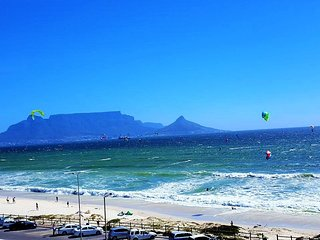 Apartment in Cape Town with Internet, Lift, Parking, Balcony (960465)