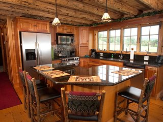 Spacious + Luxurious Log Cabin | Great Greek Peak Location!