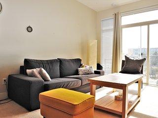 Comfortable 2BDR 2 BR Condo in UBC