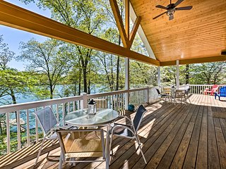 Updated Deerfield Home w/ Hot Tub On Norris Lake!