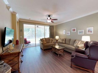 Fresh Update, Convenient Ground Floor Unit w/ Lanai, 10 Tennis Courts, Enjoy Col