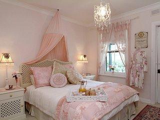 Jasmine's Cottage