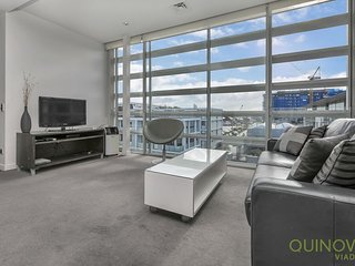 1 Bedroom Lighter Quay Apartment for Rent | Quinovic Viaduct
