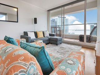 2 Bedroom Corner Apartment Quay West Residences   Auckland Serviced Apartments