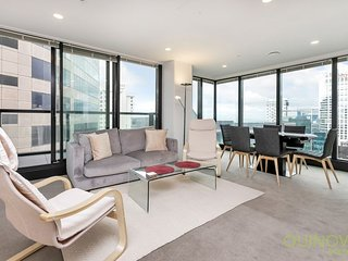 Large 2 Bedroom 2 Bathroom and Carpark Park Residences Serviced Apartment Accomm