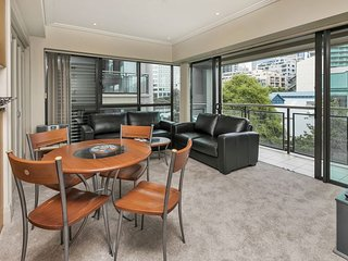 Two bedroom apartment in The Quays Complex, Viaduct Harbour.