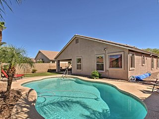 NEW-Queen Creek Home w/Pool Near San Tan Mountains