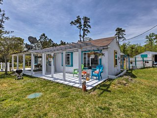 Oceanfront White Stone Cottage w/ Private Beach!