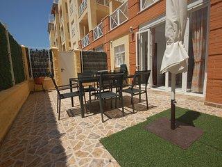 [568] Acogedor apartamento con patio