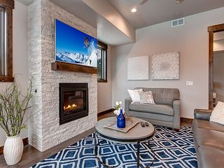 Brand-New 2BR Just Minutes to Slopes! Outdoor Heated Pool & Hot Tub