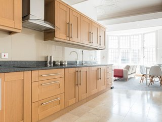 Beautiful open plan apartment Bristol City Centre