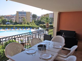 T3 4/6 pers - Piscine - Clim - WiFi - Ste Maxime