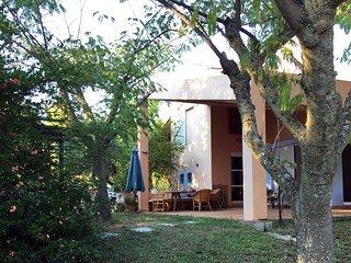 Villa Urania, Porfi Beach