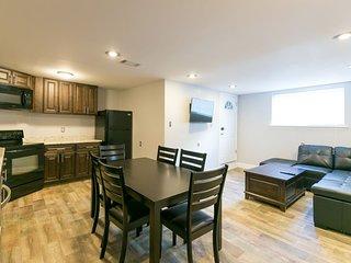Conti Street Cozy 2 bdr Suite 5105A