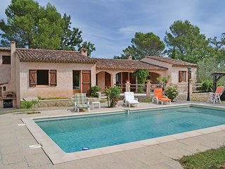 3 bedroom Villa in Saint-Paul-en-Foret, Provence-Alpes-Cote d'Azur, France : ref