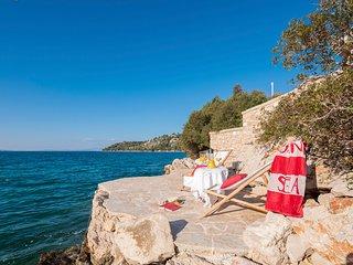 5 bedroom Villa in Vinisce, Splitsko-Dalmatinska Zupanija, Croatia : ref 5623804