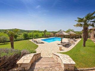 3 bedroom Villa in Porec, Istarska Zupanija, Croatia : ref 5426335