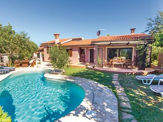 4 bedroom Villa in Medulin, Istria, Croatia : ref 5520551