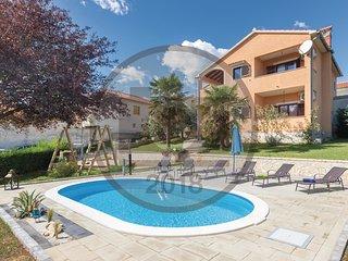 3 bedroom Villa in Koromani, Istria, Croatia : ref 5520421