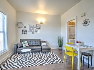 Bright 1 BR at heart of Capitol Hill