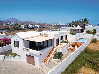 2 bedroom Villa in Puerto del Carmen, Canary Islands, Spain : ref 5523184