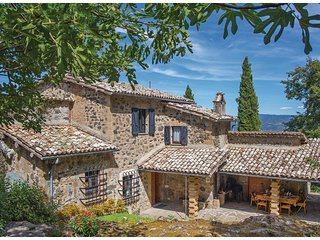 5 bedroom Villa in San Quirico, Umbria, Italy : ref 5523724
