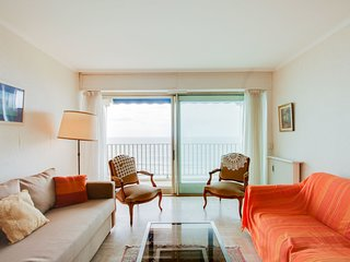 2 bedroom Apartment in Biarritz, Nouvelle-Aquitaine, France : ref 5513715