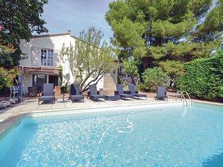 4 bedroom Villa in Saumane-de-Vaucluse, Provence-Alpes-Cote d'Azur, France : ref