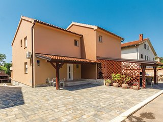 3 bedroom Villa in Medulin, Istria, Croatia : ref 5520574