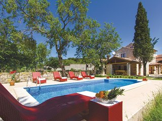 3 bedroom Villa in Manjadvorci, Istria, Croatia : ref 5520474
