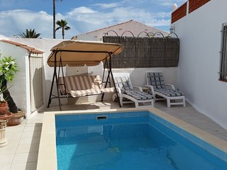 Lovely little villa, just renovated, by the beach in Vinaros