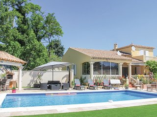 5 bedroom Villa in Les Angles, Occitania, France : ref 5522269