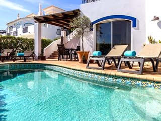 3 bedroom Villa in Vale do Garrao, Faro, Portugal : ref 5489451
