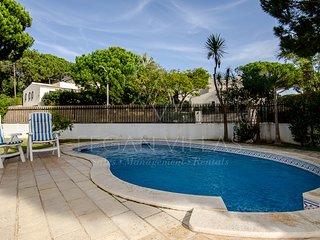 3 bedroom Villa in Vale do Garrao, Faro, Portugal : ref 5489441