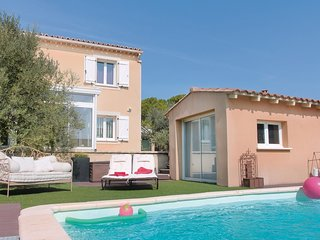 3 bedroom Villa in Vedène, Provence-Alpes-Côte d'Azur, France : ref 5522438
