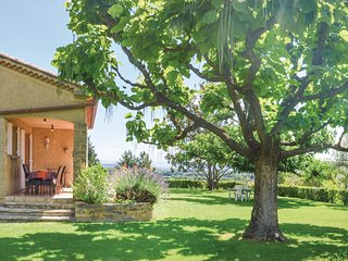 4 bedroom Villa in Sauveterre-de-Rouergue, Occitania, France : ref 5522256