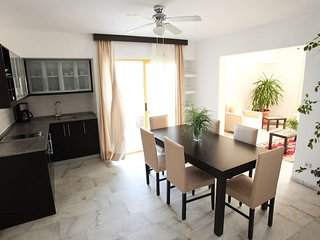 (825) Superior Apartment Two Bedroom 70 m2 (6 adults)