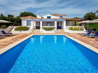 5 bedroom Villa in Boliqueime, Faro, Portugal : ref 5433076