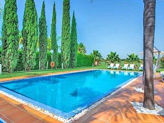 5 bedroom Villa in Vilamoura, Faro, Portugal : ref 5480354