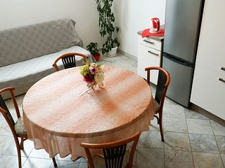 10-person duplex apartment Tinel