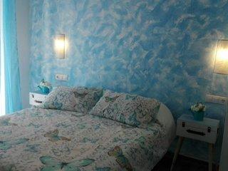 La Siezzzta: céntrica habitación doble, renovada con baño privado azotea y patio