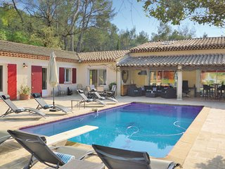 5 bedroom Villa in Pont de l'Arc, Provence-Alpes-Cote d'Azur, France : ref 55393