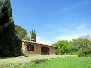2 bedroom Villa in Giuncarico, Tuscany, Italy : ref 5624125