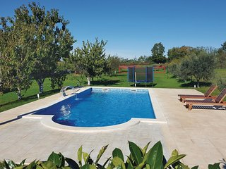 2 bedroom Villa in Orihi, Istria, Croatia : ref 5520410