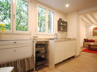 Modern Apartment Ca' Rezzonico